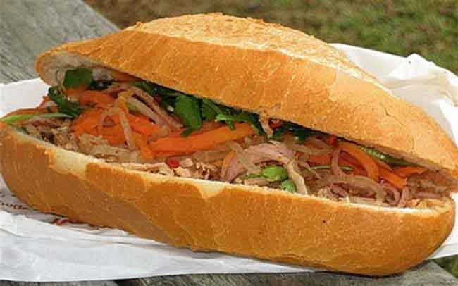 vietnamsese food banh mi sandwich